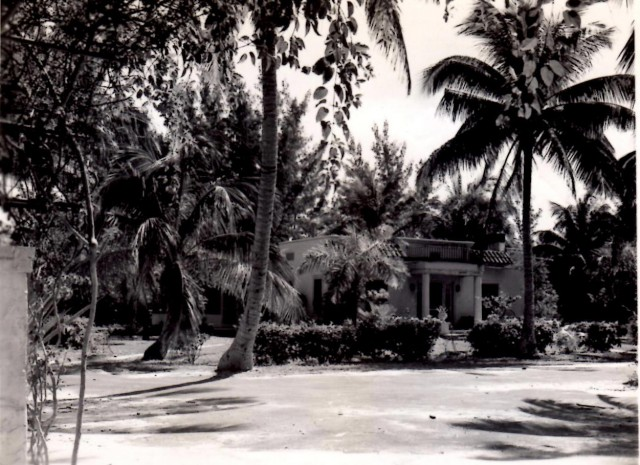 House of Grandpa Les and Grandma Marie, Pressel Palm Pointe